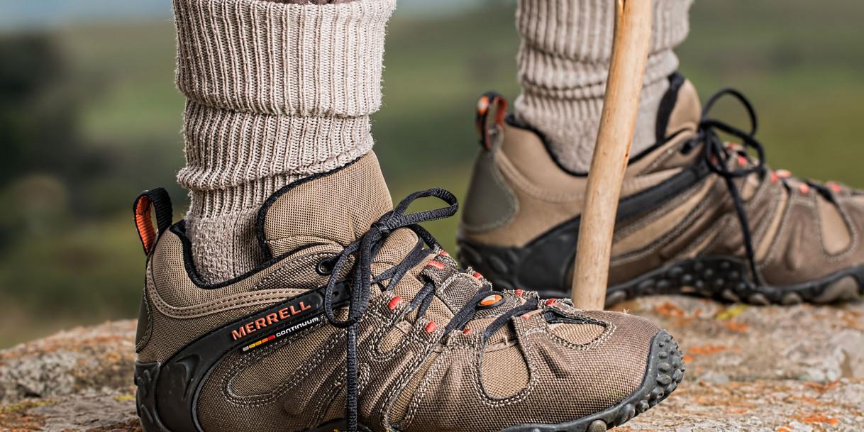 04cc98482bb Teva vs. Keen vs. Merrell: Top 6 Best Hiking Shoes for Women and Men