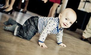 Best Baby Gates for Safety:  Munchkin vs. Regalo vs. KIDCO