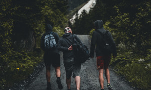 Best Daypacks for Hiking and Cycling - 2018 Reviews