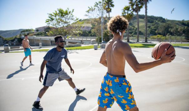 Best Portable Outdoor Basketball Hoop: Lifetime vs. Spalding vs. SKLZ