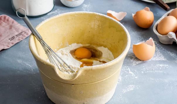 Best Stand Mixer for Bread Dough: KitchenAid vs. Breville vs. Cuisinart