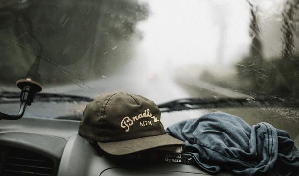Best Winter Windshield Wipers: Rain-X Latitude vs. Bosch Icon  vs. Anco 31 Series