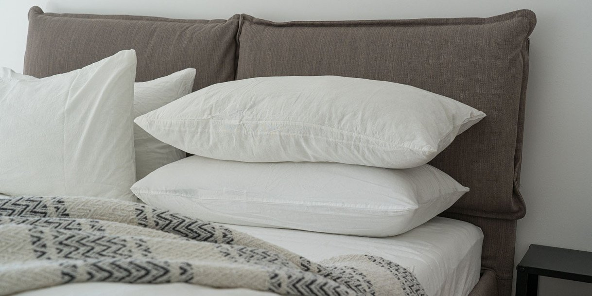 4 Things to Consider When Buying a Mattress and Pillows